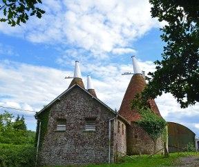 Oast houses, Ightam Mote