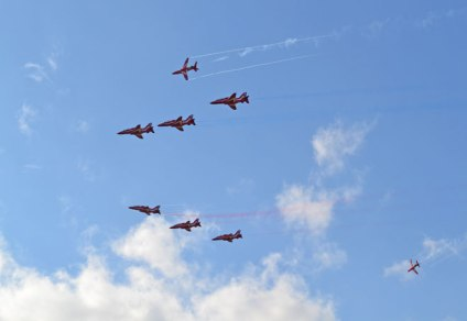web-red-arrows-2018-08-19-16.32.00