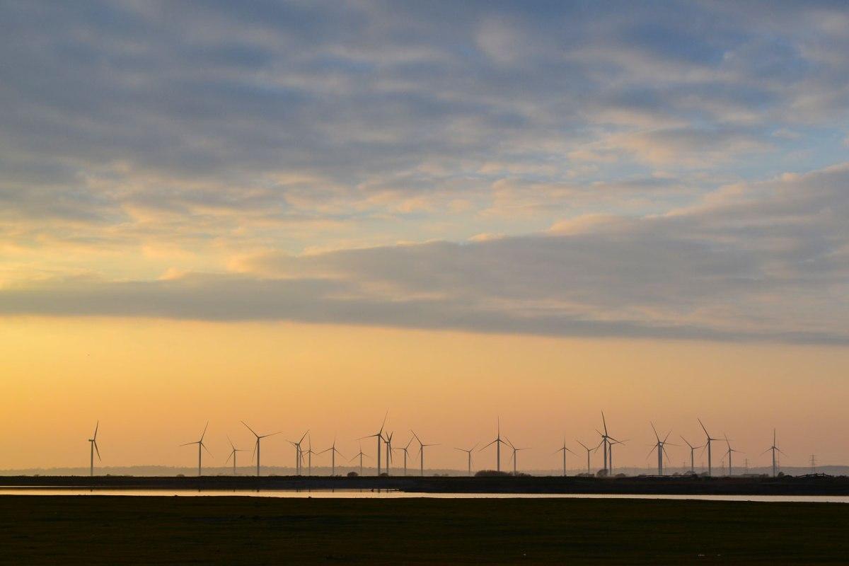 Little Cheyne Court Wind Farm